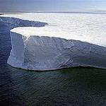 """В 2008 году озоновая дыра над Антарктикой будет """"средних размеров"""""""