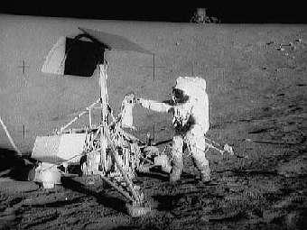 Марсианские кратеры были названы в честь Аполон-12
