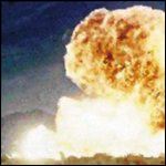 Когда-то давным-давно советских школьников пугали смертоносной нейтронной бомбой, которая имелась на вооружении американской армии...