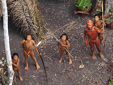Дикое индейское племя было обнаруженно в дебрях Амазонки