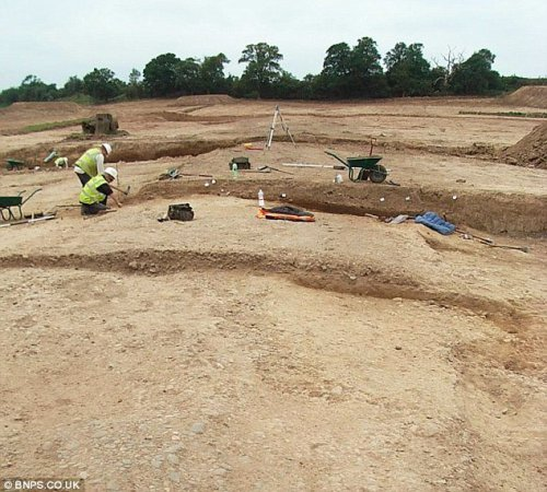 В Британии найдены остатки дороги, проложенной задолго до того, как этот регион был покорен римлянами