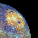 Кто-то постоянно бомбардирует Меркурий