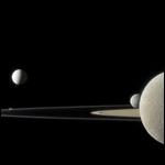 """""""Кассини"""" сфотографировал сразу пять спутников Сатурна"""