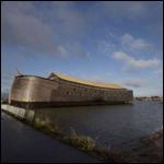 """Голландский плотник, напуганный своим ночным кошмаром, создал настоящий """"Ноев ковчег"""""""