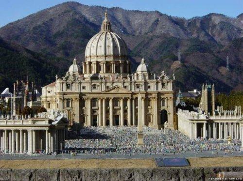 Связь НЛО и Ватикана
