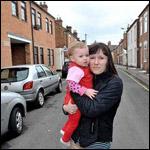 Напуганная мать требует нового дома т.к. в доме поселился призрак