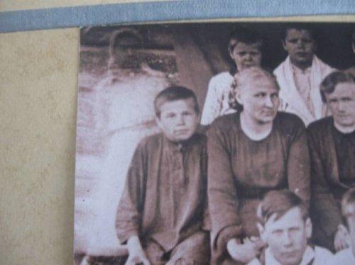 В Каргапольском музее нашли фото с девочкой-призраком