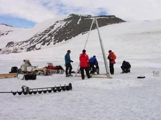 Подо льдами Антарктиды найдена странная жизнь