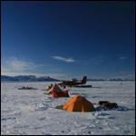 Подо льдами Антарктиды нашли туннели с талой водой