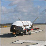 Американский беспилотник провел на орбите больше года