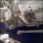 Астронавты демонтировали сломанный насос в открытом космосе