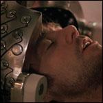 Неприятные воспоминания у человека научились стирать электричеством