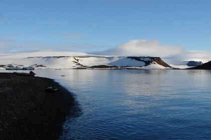Геологи доказали континентальную природу хребта Менделеева