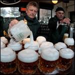 Ученые победили фонтанирование пива