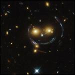 Астрофизики разглядели перстень Эйнштейна от ранний галактики