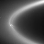 Планетологи проследили за «щупальцами» от гейзеров Энцелада до колец Сатурна
