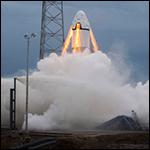 SpaceX выложила видео первых испытаний своего пилотируемого корабля