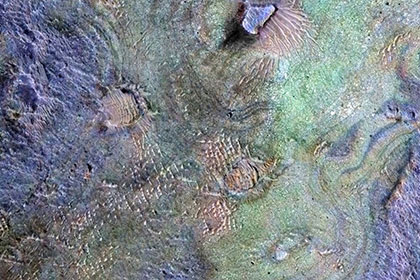 Планетологи опровергли теорию «теплого и мокрого» Марса