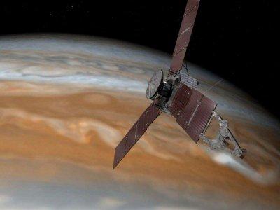 Аппарат «Кассини» обнаружил каньоны на Титане