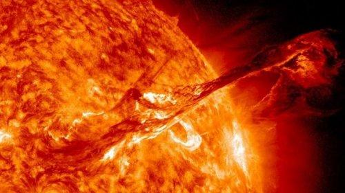 Мощная вспышка на Солнце: какие могут быть последствия?