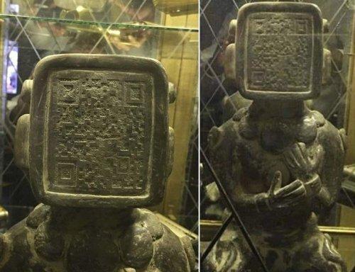 В Северной Америке нашли скульптуру с штрих кодом на лице